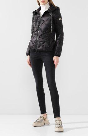 Женский пуховая куртка oulx MONCLER черного цвета, арт. F1-093-1A536-00-C0381 | Фото 2