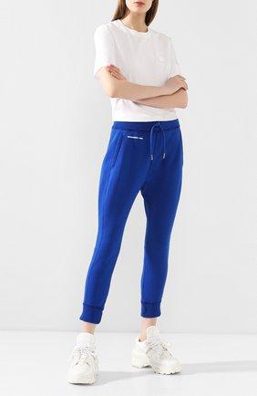 Женские хлопковые джоггеры DSQUARED2 синего цвета, арт. S72KA0989/S25030 | Фото 2