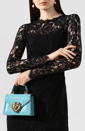 Женская сумка devotion small DOLCE & GABBANA голубого цвета, арт. BB6711/A1037   Фото 2 (Материал: Натуральная кожа; Размер: small; Ремень/цепочка: На ремешке; Сумки-технические: Сумки top-handle, Сумки через плечо; Женское Кросс-КТ: Вечерняя сумка)