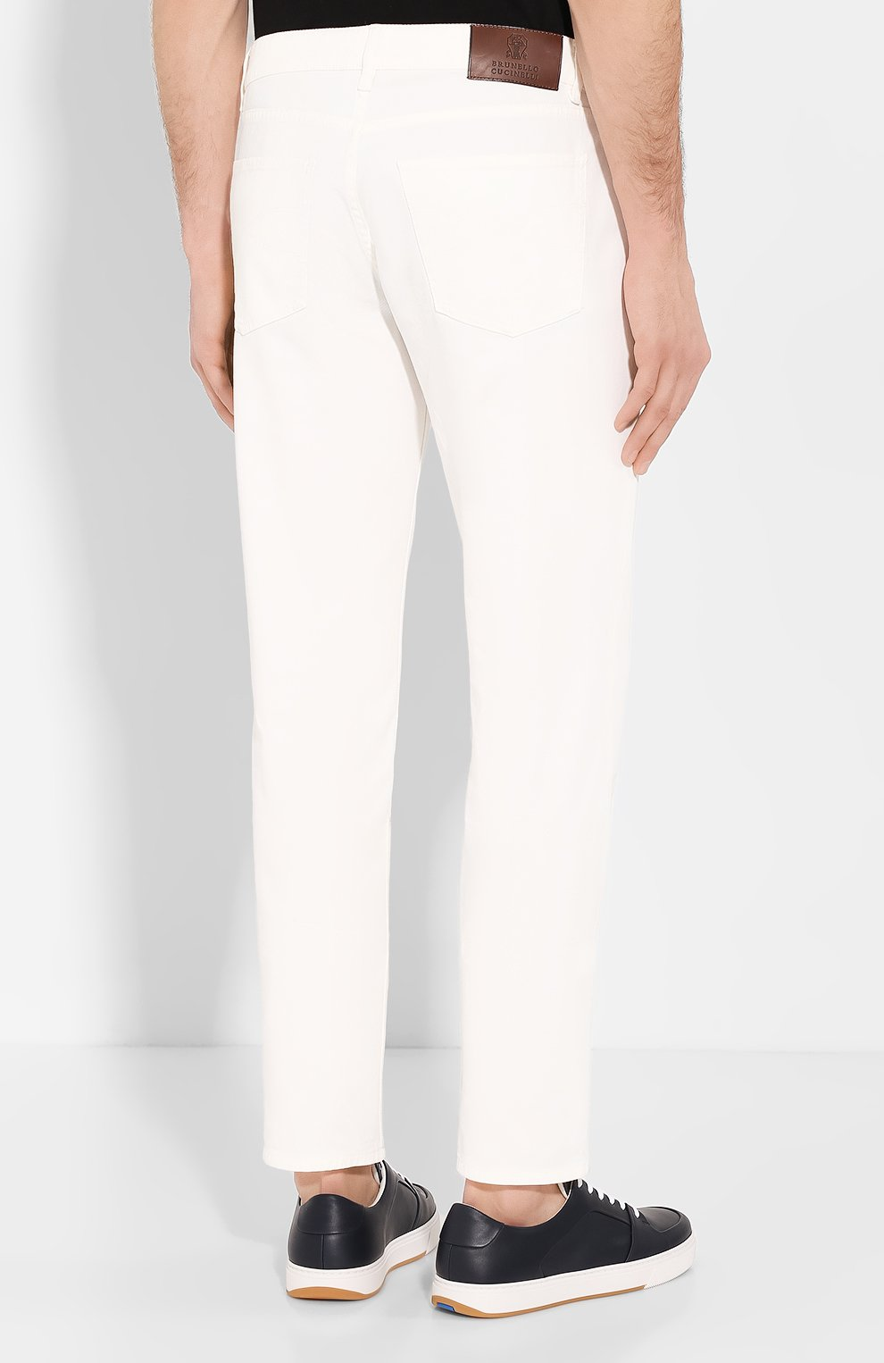 Мужские джинсы BRUNELLO CUCINELLI белого цвета, арт. M0Y16B2210   Фото 4