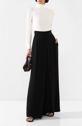 Женская блузка ADAM LIPPES белого цвета, арт. R20117SB | Фото 2 (Длина (для топов): Стандартные; Материал внешний: Синтетический материал; Рукава: Длинные; Статус проверки: Проверена категория; Силуэт Ж (для верхов): Приталенный; Стили: Классический; Принт: Без принта; Женское Кросс-КТ: Блуза-одежда)