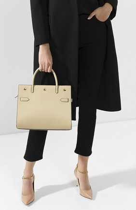 Женская сумка title BURBERRY бежевого цвета, арт. 8024689 | Фото 2 (Материал: Натуральная кожа; Сумки-технические: Сумки top-handle; Размер: medium)