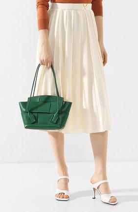 Женская сумка arco 33 BOTTEGA VENETA зеленого цвета, арт. 575943/VMAP1 | Фото 2