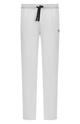 Мужские хлопковые брюки EMPORIO ARMANI серого цвета, арт. 111809/0P571   Фото 1