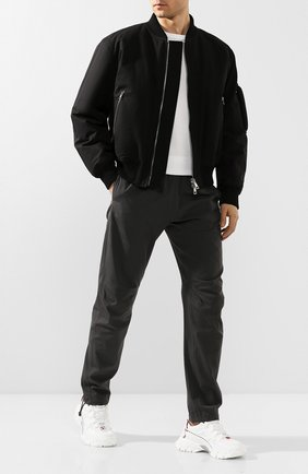 Мужские брюки из смеси хлопка и вискозы BOTTEGA VENETA темно-серого цвета, арт. 608707/VA5Y0 | Фото 2