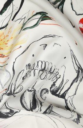 Женский шелковый платок ALEXANDER MCQUEEN белого цвета, арт. 621799/3001Q | Фото 2