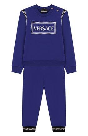 Детский комплект из свитшота и брюк VERSACE синего цвета, арт. YB000118/YA00077 | Фото 1