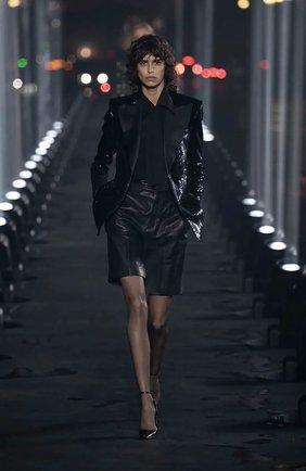Женские кожаные шорты SAINT LAURENT черного цвета, арт. 615750/YC2IF | Фото 6
