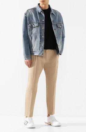 Мужские хлопковые брюки DOLCE & GABBANA бежевого цвета, арт. GW81AT/FUFJ4 | Фото 2 (Материал внешний: Хлопок; Случай: Повседневный; Стили: Кэжуэл)