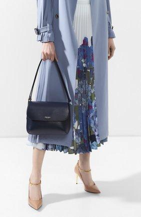 Женская сумка la prima GIORGIO ARMANI темно-синего цвета, арт. Y1E139/YTF4A | Фото 2 (Сумки-технические: Сумки top-handle, Сумки через плечо; Материал: Натуральная кожа; Ремень/цепочка: На ремешке; Размер: small)