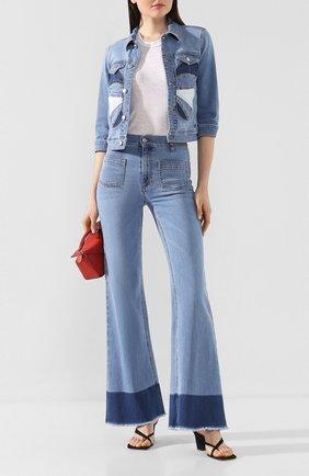 Женские джинсы REDVALENTINO голубого цвета, арт. TR0DD02A/53V | Фото 2