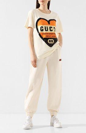 Женская хлопковая футболка GUCCI бежевого цвета, арт. 492347/XJB72   Фото 2