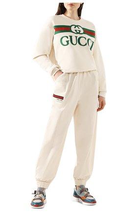 Женская хлопковый свитшот GUCCI бежевого цвета, арт. 469250/XJCCG   Фото 2