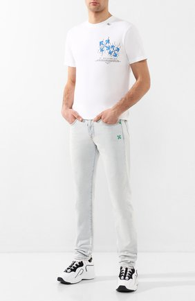 Мужские джинсы OFF-WHITE светло-голубого цвета, арт. 0MYA011S203860247144 | Фото 2