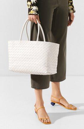 Женская сумка-тоут BOTTEGA VENETA белого цвета, арт. 600504/VCPP1 | Фото 2