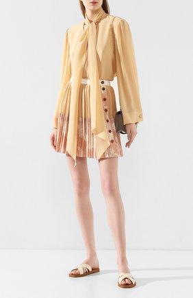 Женские кожаные шлепанцы CHLOÉ кремвого цвета, арт. CHC20S28991   Фото 2