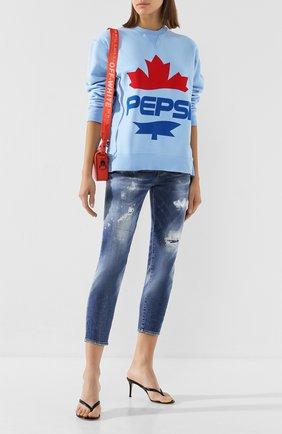 Женские джинсы DSQUARED2 синего цвета, арт. S72LB0279/S30664 | Фото 2