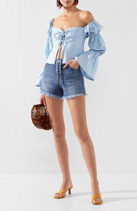 Женская льняная блузка CULT GAIA голубого цвета, арт. 53045L09 SKY   Фото 2 (Рукава: Длинные, С открытыми плечами; Материал внешний: Лен; Длина (для топов): Укороченные; Принт: Без принта; Женское Кросс-КТ: Блуза-одежда; Материал подклада: Лен; Статус проверки: Проверена категория)