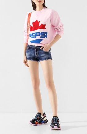 Женские джинсовые шорты DSQUARED2 синего цвета, арт. S73MU0222/S30685 | Фото 2