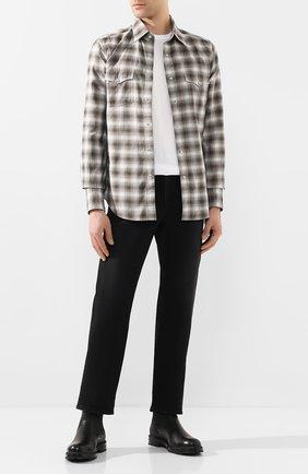 Мужская хлопковая рубашка TOM FORD коричневого цвета, арт. 7FT845/94MEKI | Фото 2 (Длина (для топов): Стандартные; Материал внешний: Хлопок; Рукава: Длинные; Принт: Клетка; Случай: Повседневный; Манжеты: На пуговицах; Воротник: Кент)