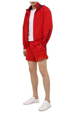 Мужские шорты KITON красного цвета, арт. UW0744V07S97 | Фото 2 (Материал внешний: Синтетический материал; Принт: Без принта; Кросс-КТ: Пляж)