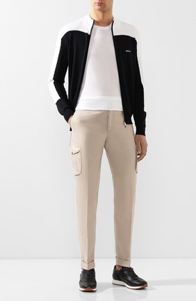 Мужской брюки-карго из смеси льна и хлопка KITON бежевого цвета, арт. UFPPCAJ07S41 | Фото 2
