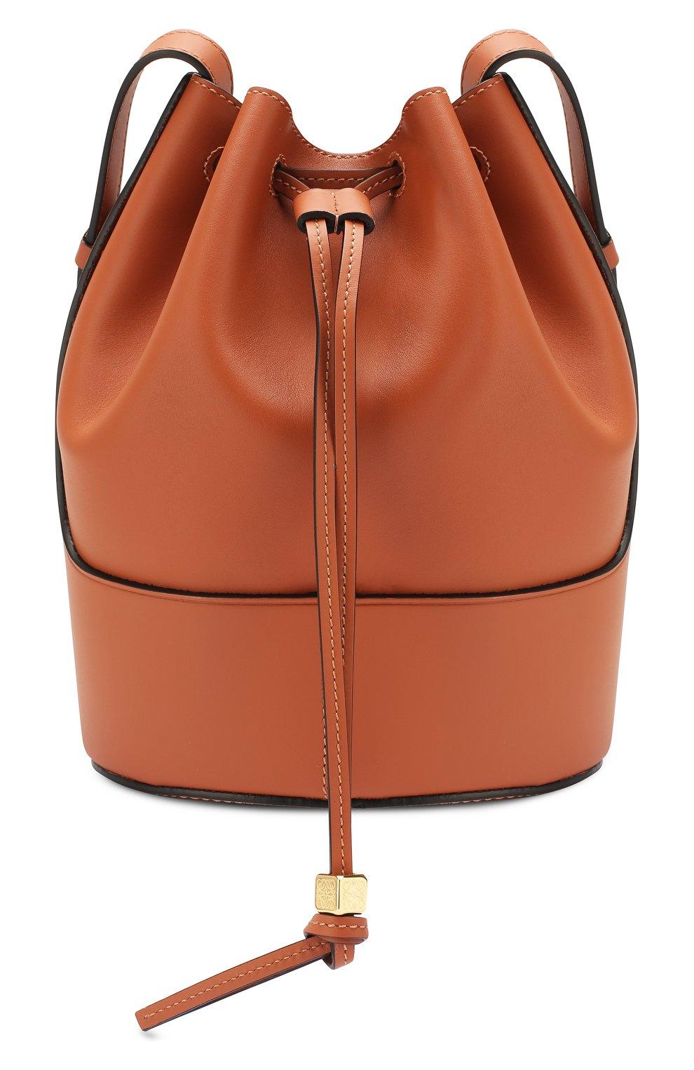 Женская сумка balloon small LOEWE светло-коричневого цвета, арт. 326.75AC31   Фото 1 (Сумки-технические: Сумки через плечо; Материал: Натуральная кожа; Ремень/цепочка: На ремешке; Размер: small)