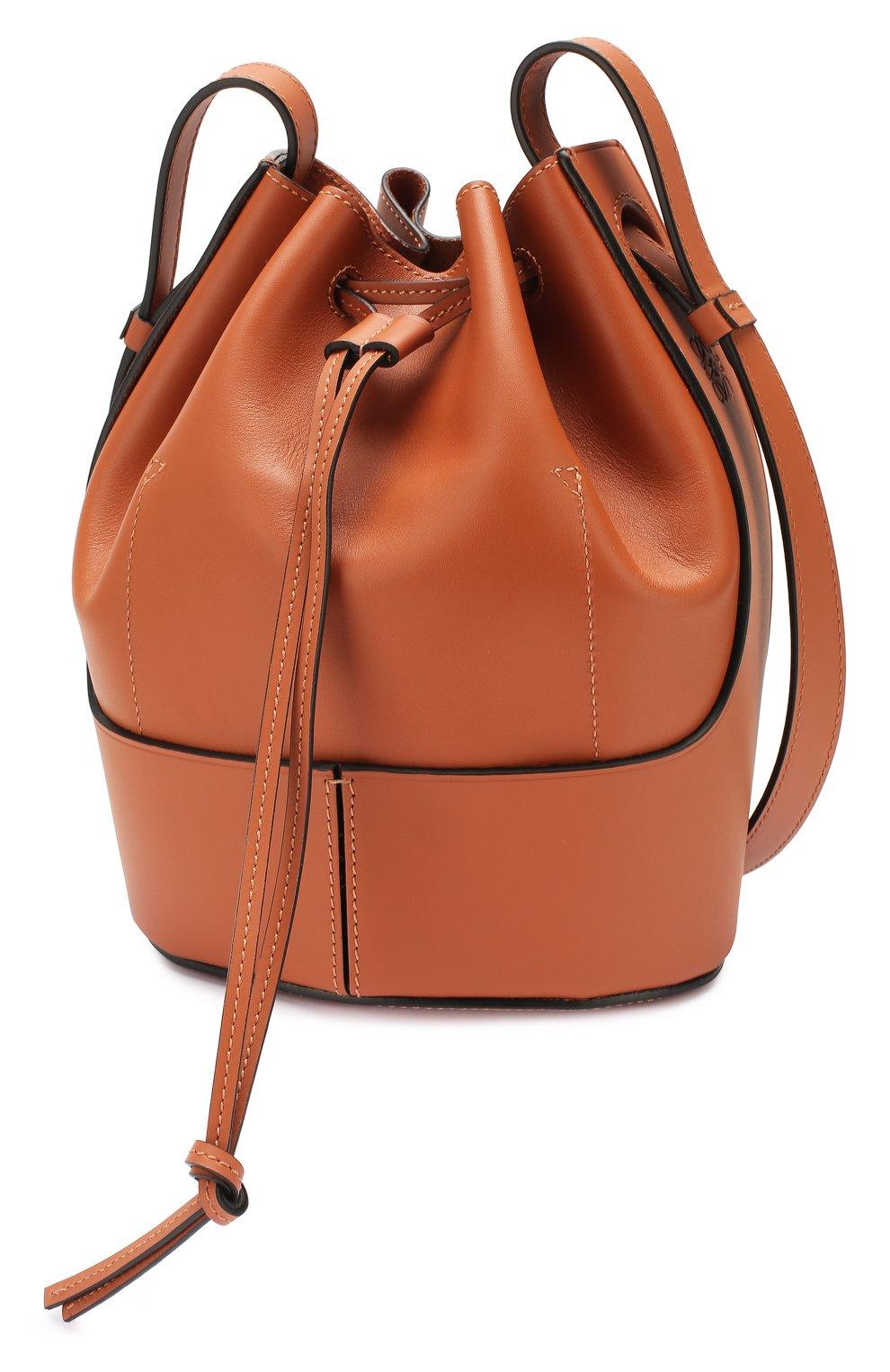 Женская сумка balloon small LOEWE светло-коричневого цвета, арт. 326.75AC31   Фото 3 (Сумки-технические: Сумки через плечо; Материал: Натуральная кожа; Ремень/цепочка: На ремешке; Размер: small)