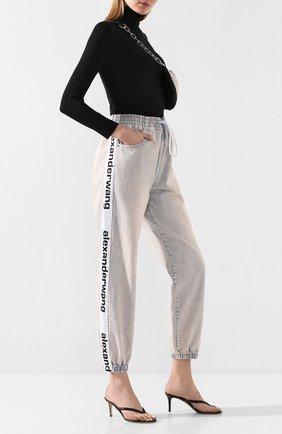 Женские джинсы DENIM X ALEXANDER WANG розового цвета, арт. 4DC1204569 | Фото 2