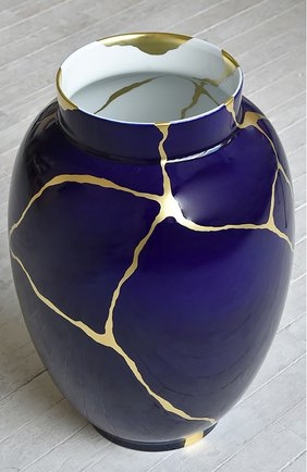 Мужского ваза kintsugi BERNARDAUD синего цвета, арт. 1834/22985 | Фото 2