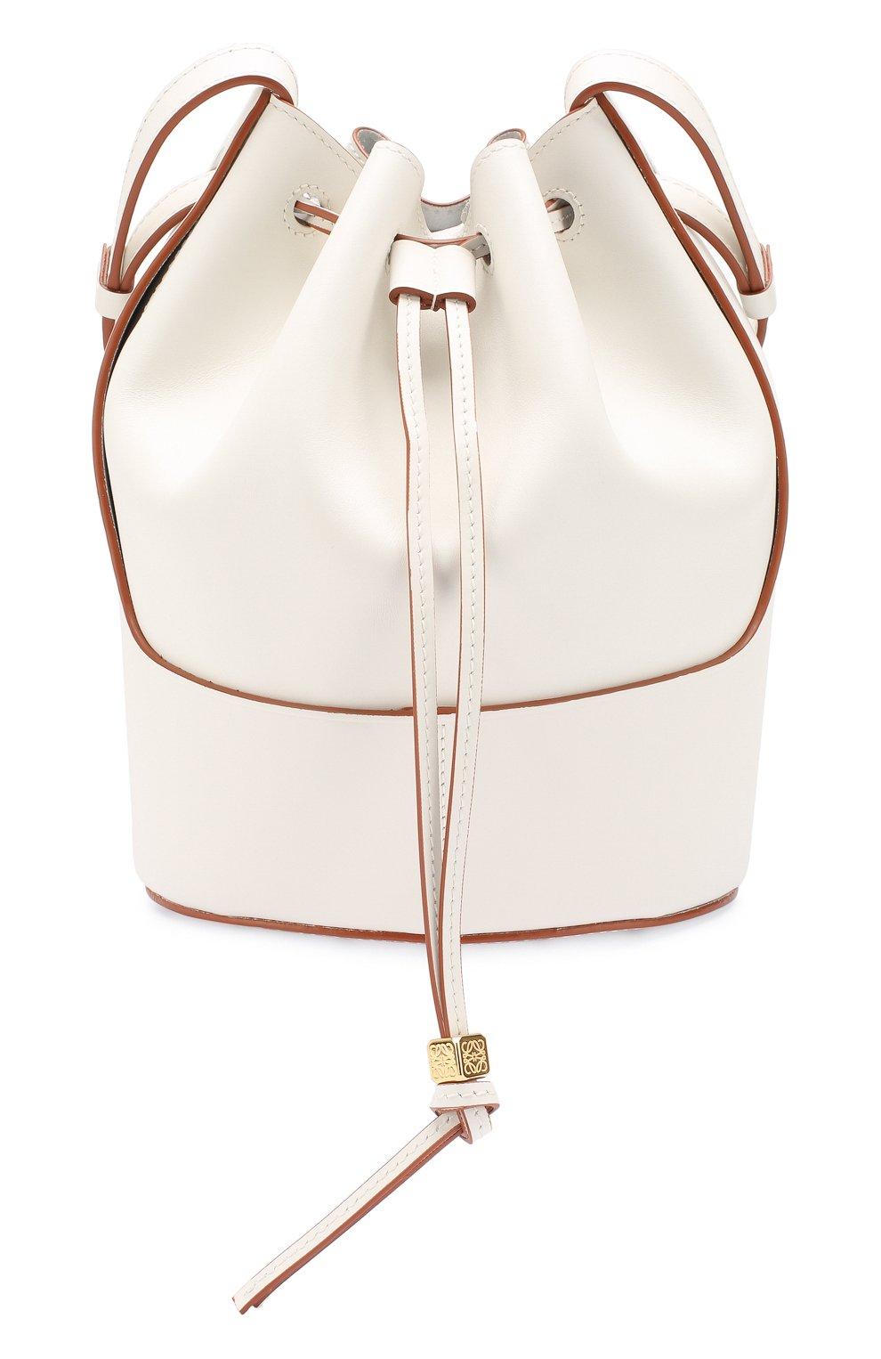 Женская сумка balloon small LOEWE белого цвета, арт. 326.75AC31   Фото 1 (Сумки-технические: Сумки через плечо; Материал: Натуральная кожа; Ремень/цепочка: На ремешке; Размер: small)