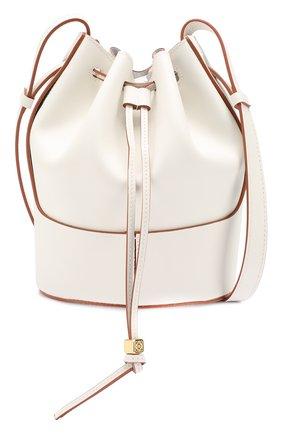 Женская сумка balloon small LOEWE белого цвета, арт. 326.75AC31   Фото 5 (Сумки-технические: Сумки через плечо; Материал: Натуральная кожа; Ремень/цепочка: На ремешке; Размер: small)