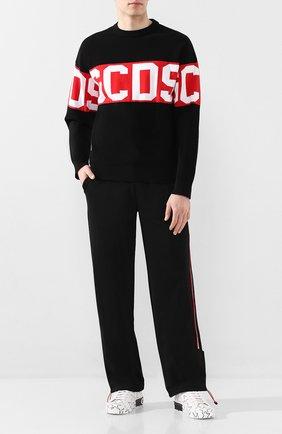 Мужской хлопковый свитер GCDS черного цвета, арт. CC94M021104 | Фото 2