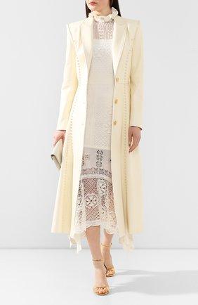 Женское кожаное пальто ALEXANDER MCQUEEN бежевого цвета, арт. 621735/Q5ADY | Фото 2