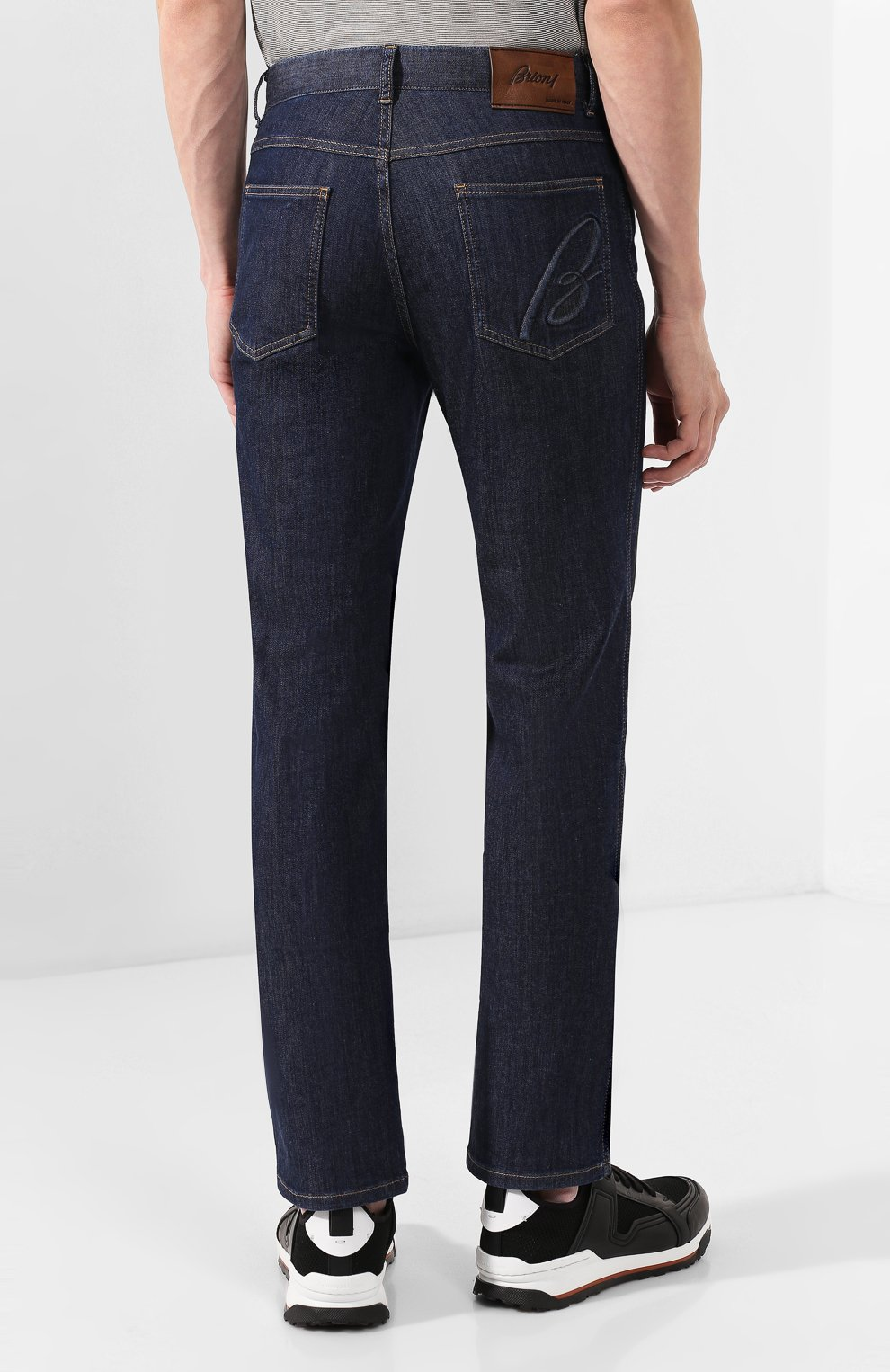 Мужские джинсы BRIONI темно-синего цвета, арт. SPNJ0L/P9D22/STELVI0 | Фото 4 (Силуэт М (брюки): Прямые; Кросс-КТ: Деним; Длина (брюки, джинсы): Стандартные; Материал внешний: Хлопок)