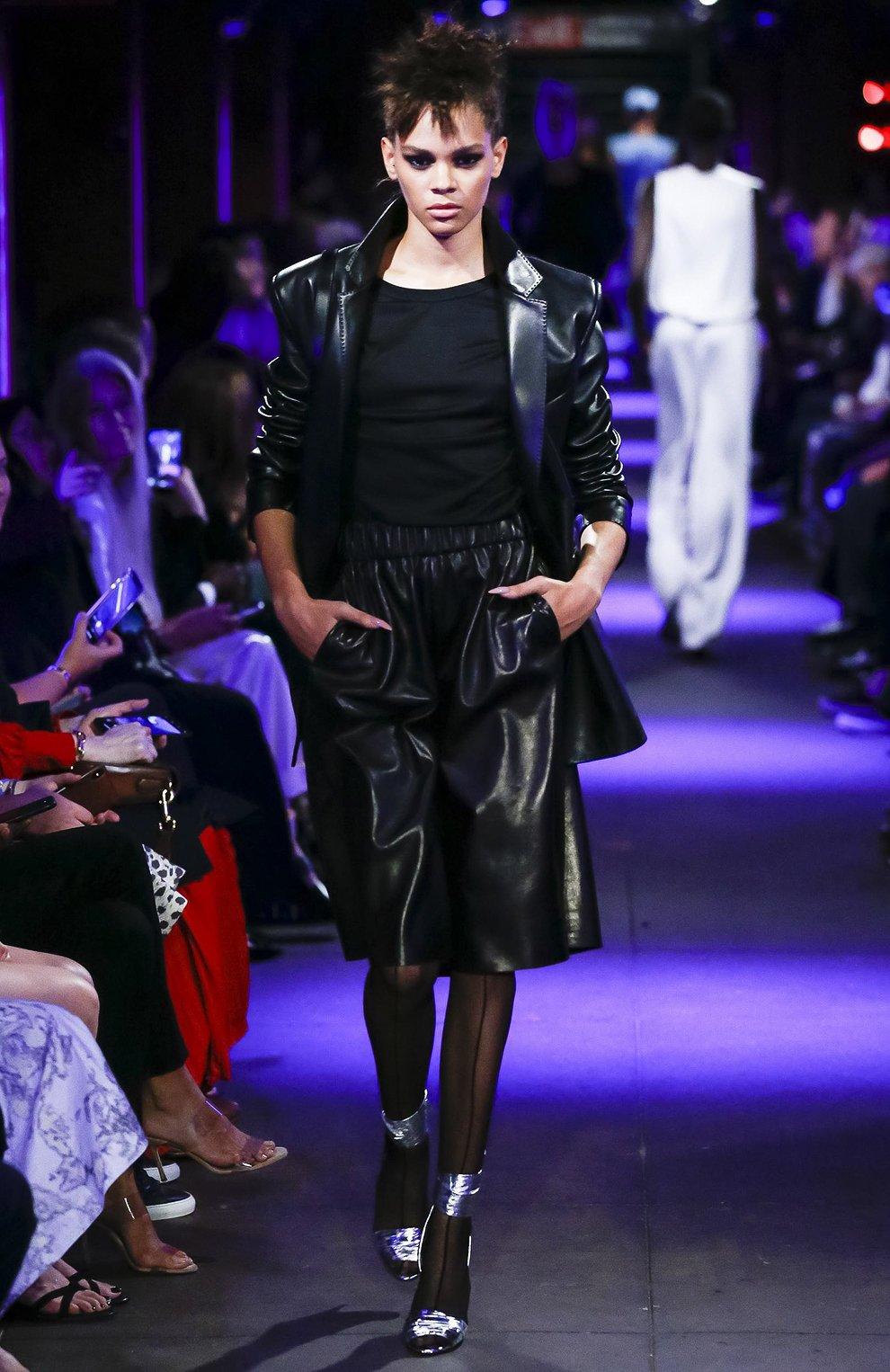 Женские кожаные шорты TOM FORD черного цвета, арт. SHL004-LEX228 | Фото 6