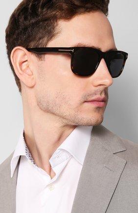 Мужские солнцезащитные очки TOM FORD коричневого цвета, арт. TF775 52A | Фото 2