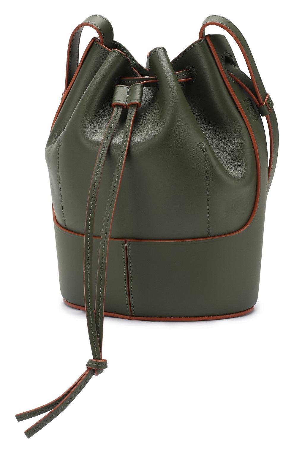 Женская сумка balloon small LOEWE хаки цвета, арт. 326.75AC31 | Фото 3 (Сумки-технические: Сумки через плечо; Материал: Натуральная кожа; Ремень/цепочка: На ремешке; Размер: small)