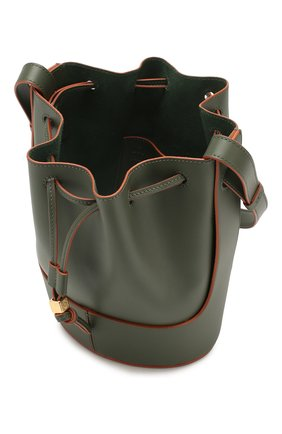 Женская сумка balloon small LOEWE хаки цвета, арт. 326.75AC31 | Фото 4 (Сумки-технические: Сумки через плечо; Материал: Натуральная кожа; Ремень/цепочка: На ремешке; Размер: small)