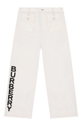 Детские джинсы BURBERRY белого цвета, арт. 8026387   Фото 1