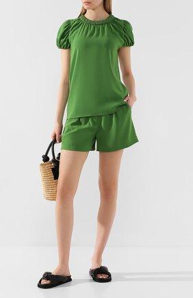 Женские шорты KENZO зеленого цвета, арт. FA52SH0505AC   Фото 2 (Длина Ж (юбки, платья, шорты): Мини; Материал внешний: Синтетический материал; Материал подклада: Синтетический материал; Статус проверки: Проверена категория; Стили: Кэжуэл; Женское Кросс-КТ: Шорты-одежда)