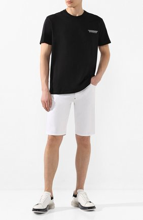 Мужская хлопковая футболка GIVENCHY черного цвета, арт. BM70WJ3002   Фото 2