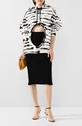 Женская хлопковое худи BURBERRY черно-белого цвета, арт. 4563984 | Фото 2