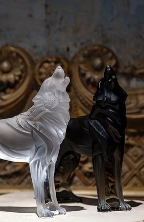Мужская скульптура волк LALIQUE черного цвета, арт. 10707800 | Фото 2