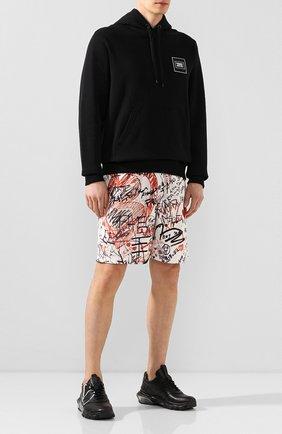 Мужские шорты BURBERRY разноцветного цвета, арт. 8024682 | Фото 2