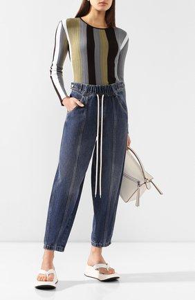 Женские джинсы GIVENCHY синего цвета, арт. BW50FS50D3 | Фото 2