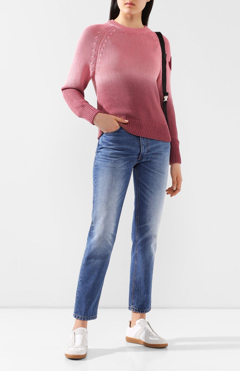 Женский хлопковый свитер MONCLER розового цвета, арт. F1-093-9C711-60-V9088   Фото 2 (Женское Кросс-КТ: Свитер-одежда; Рукава: Длинные; Длина (для топов): Стандартные; Материал внешний: Хлопок; Стили: Кэжуэл)