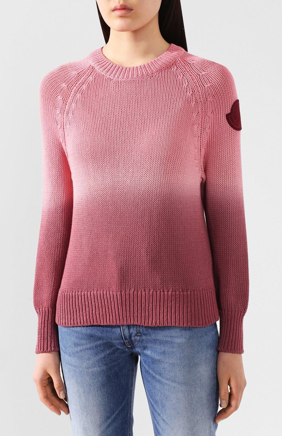 Женский хлопковый свитер MONCLER розового цвета, арт. F1-093-9C711-60-V9088   Фото 3 (Женское Кросс-КТ: Свитер-одежда; Рукава: Длинные; Длина (для топов): Стандартные; Материал внешний: Хлопок; Стили: Кэжуэл)