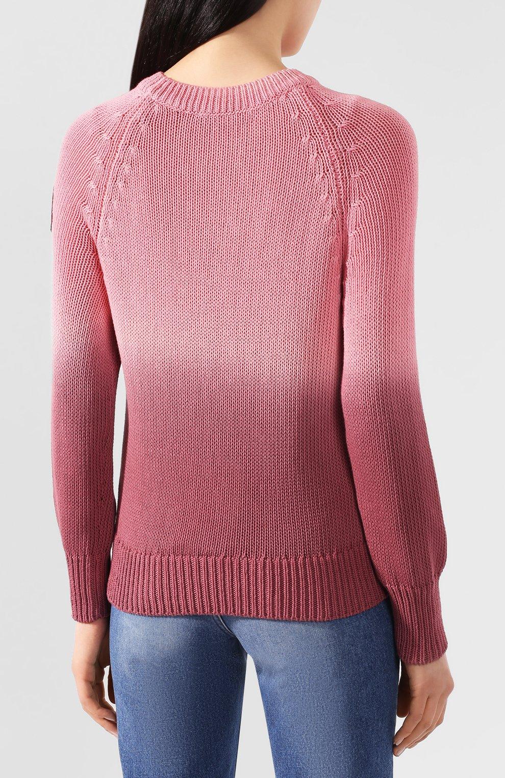 Женский хлопковый свитер MONCLER розового цвета, арт. F1-093-9C711-60-V9088   Фото 4 (Женское Кросс-КТ: Свитер-одежда; Рукава: Длинные; Длина (для топов): Стандартные; Материал внешний: Хлопок; Стили: Кэжуэл)
