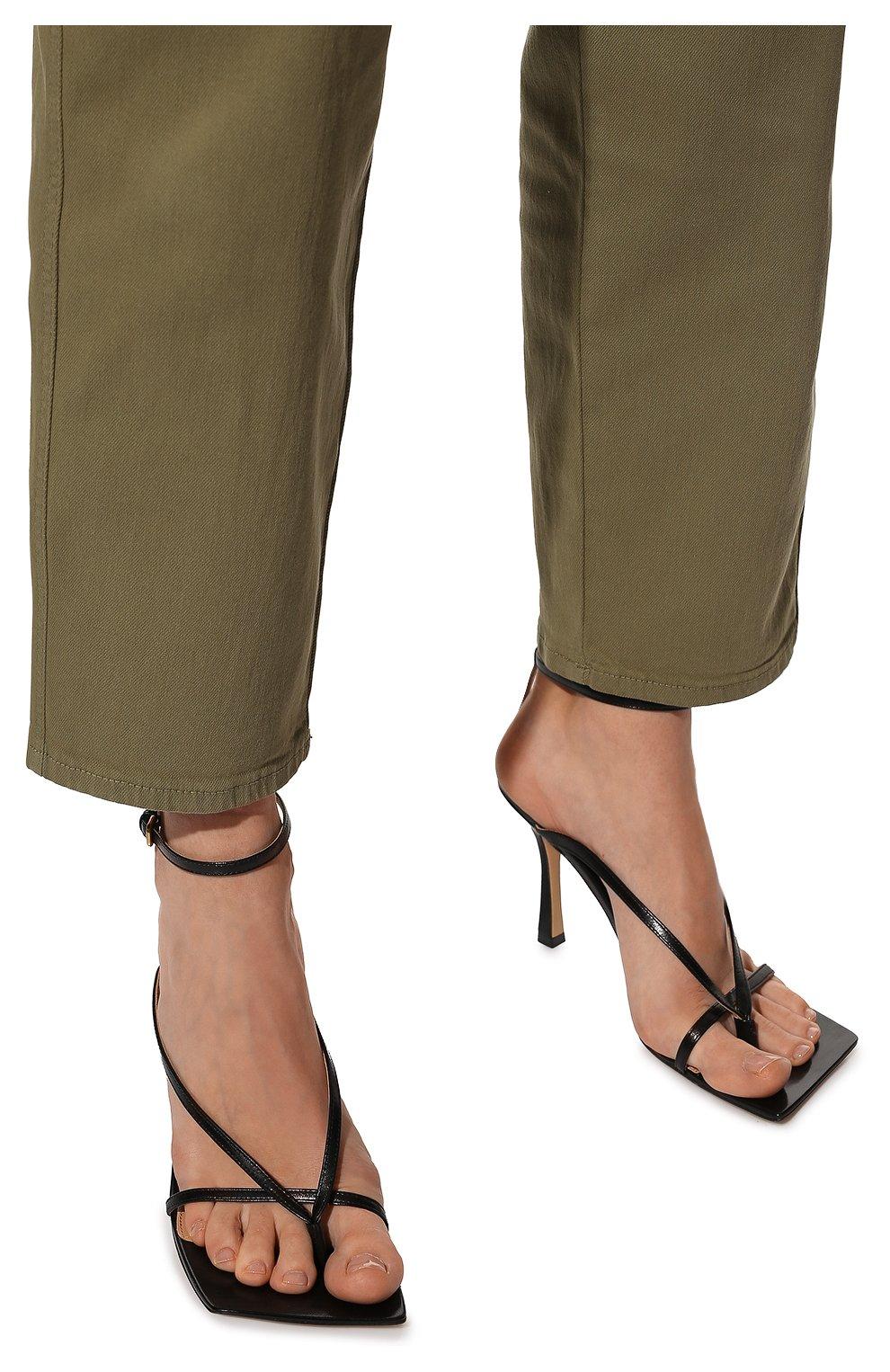 Женские кожаные босоножки BOTTEGA VENETA черного цвета, арт. 608835/VBSF0 | Фото 3